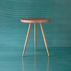 Shamsian Paua side table | Mesas auxiliares | Bethan Gray