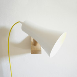 Topsi wall luminaire | Reading lights | Hüttners