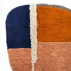 Nudo | rug large, blue/orange/ochre | Tappeti / Tappeti d'autore | Ames