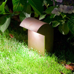 SIMPLY Short 20cm Brass LED | Lampade outdoor pavimento | PVD Concept