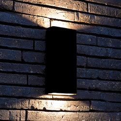 SIMPLY PILLAR up/down Wall medium Black LED | Lampade outdoor parete | PVD Concept