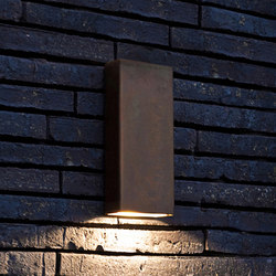 SIMPLY PILLAR down Wall medium Brass LED | Lampade outdoor parete | PVD Concept