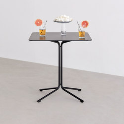 Ike table | Cafeteria tables | Desalto