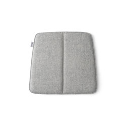 WM String Cushion | Indoor/Dining Light Grey | Coussins de siège | MENU