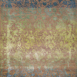 Designer Isfahan Abrashed Floral Cartouches in Turquoise Blue and Green on Lilac Grey | Formatteppiche / Designerteppiche | Zollanvari