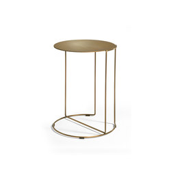 Oki occasional table brass | Mesas auxiliares | Walter K.