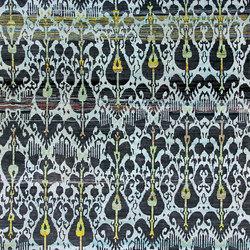 Kundan Diffusion Koti Silk Ikat 12 in Aubergine & Lemon | Alfombras / Alfombras de diseño | Zollanvari