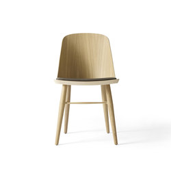 Synnes Chair, Natural Oak/Grey Brown | Restaurant chairs | MENU