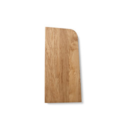 Tilt Cutting Board, Small, Oak | Chopping Boards | MENU