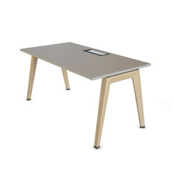 B-Free Desk | Desks | Steelcase