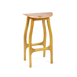 Mimosa bar stool | Taburetes de bar | Brian Fireman Design