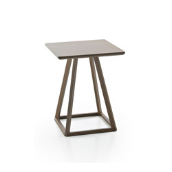 Kite Side table | Beistelltische | Fornasarig