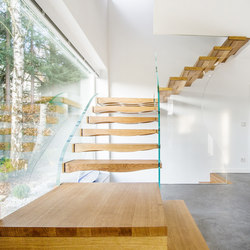 Floating Waves | Glass stairs | Siller Treppen