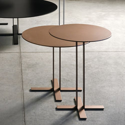 Più Table | Tables d'appoint | Saba Italia