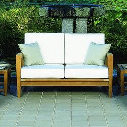 Amalfi Deep Seating Settee | Gartensofas | Kingsley Bate