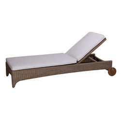 Cape Cod Chaise | Sun loungers | Kingsley Bate