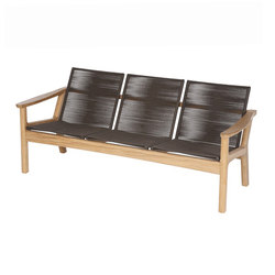 Monterey | Three-Seater Settee | Garden benches | Barlow Tyrie
