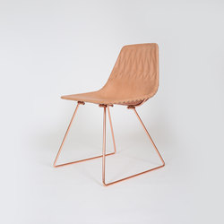 Lucy Side Chair - Leather Lucy Saddle Pad | Sedie da giardino | Bend Goods