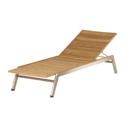 Equinox | Sun Lounger with Teak Seat & Back | Sun loungers | Barlow Tyrie
