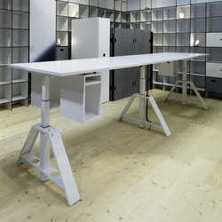 EXECV TABLE Contract Tables From Walter Knoll Architonic - Adjustable height conference table