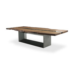 Kauri Cube | Restaurant tables | Riva 1920