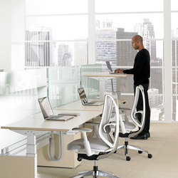 Height-Adjustable Bench | Scrivanie individuali | Teknion