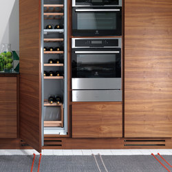 La Cucina | TALL STORAGE CABINETS | Kitchen organization | Riva 1920