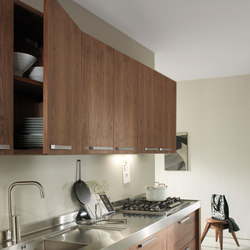 Life | HANGING WALL UNITS | Kitchen cabinets | Riva 1920
