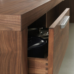 Life | BASE CABINETS | Kitchen cabinets | Riva 1920