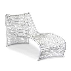 Lola Outdoor Chaise | Tumbonas de jardín | Pfeifer Studio