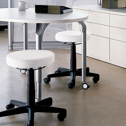 Ability Mobile Spinner Stool | Taburetes de oficina | Teknion