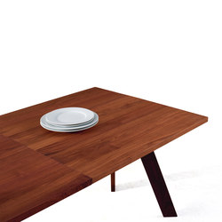 Tosh | table | Tables de restaurant | more