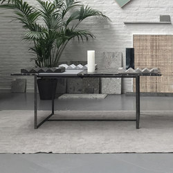 H4 | Dining tables | Van den Weghe