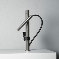 Mop | Stainless steel Kitchen sink mixer with swivel and detachable spout | Kitchen taps | Quadrodesign