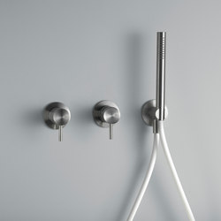 Ottavo | Wall mounted mixer set with hand shower | Duscharmaturen | Quadro