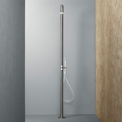 Shower | Stainless steel Outdoor shower column | Outdoor showers | Quadrodesign
