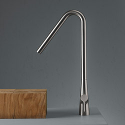 Volcano | Stainless steel Deck mounted mixer | Wash basin taps | Quadro