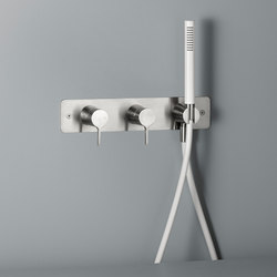 Volcano | Wall mounted 2 mixer set | Shower controls | Quadro