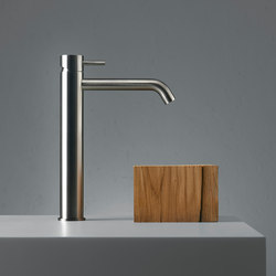 Source | Deck mounted mixer | Wash basin taps | Quadro