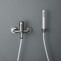 Source | Stainless steel Wall mounted external mixer set | Bath taps | Quadrodesign