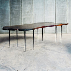 Lars Zech Table | Estantes / Repisas | Heerenhuis