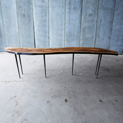Lars Zech Table | Wall shelves | Heerenhuis