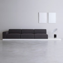 FRONT | sofa | Canapés | By interiors inc.