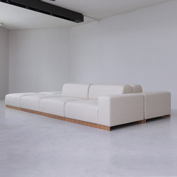 FRONT | sofa | Divani | By interiors inc.