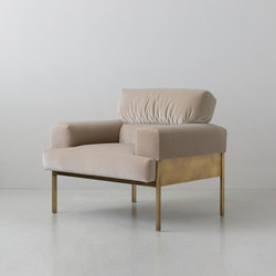 SUKI | armchair | Fauteuils | By interiors inc.