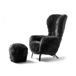 Guelfo Fur Limited Edition wingback and footstool | Loungesessel | Opinion Ciatti