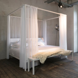 ILletto canopy bed | Double beds | Opinion Ciatti