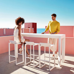 Frame table | Bar tables | Vondom