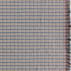 Garden Layers Rug Checks blue | Formatteppiche | GAN