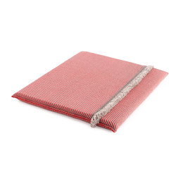 Garden Layers Big Mattress Diagonal almond-red | Sitzauflagen / Sitzkissen | GAN
